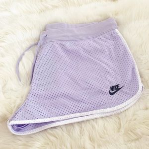 🌸 NIKE Women Running Shorts Pants NWT Gym Workout
